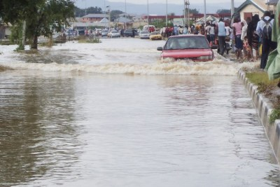 Flood takes over Lokoja-Abuja highway