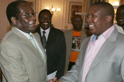 President Robert Mugabe and South Africa's EFF leader Julius Malema (file photo).