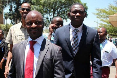 KMPDU chairperson Samuel Oroko (in front), secretary general Ouma Oluga (right) and some of their members. The union wants Tanzania to delay deployment of its medics to Kenya. PHOTO | FILE | NATION MEDIA GROUP.