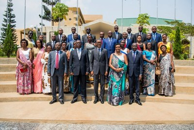 President Paul Kagame and members of the new cabinet.