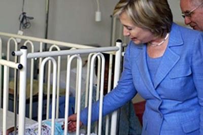 Hillary Rodham Clinton en visite en RDC 2009.