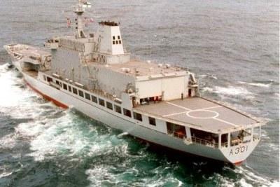 Le SAS Drakensberg.