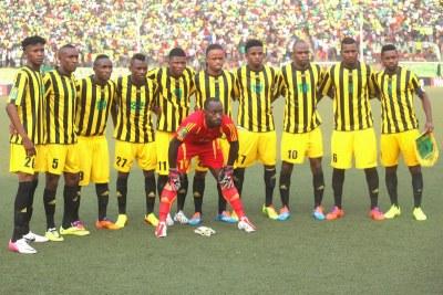 L'équipé de l'As Vita club de la RDC le 27/07/2014 au stade Tata Raphaël de Kinshasa, lors du match contre Al Hilal du Soudan dans le cadre de la quatrième journée des quarts de finale de la Ligue des champions africaine.