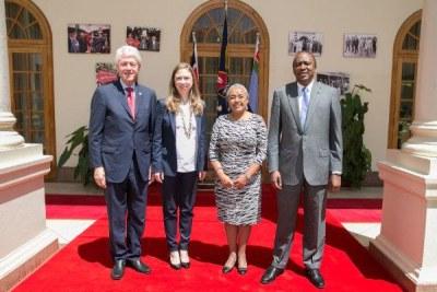 President Uhuru Kenyatta with former United States of America President Bill Clinton (file photo).