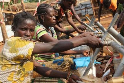 A Bambari, en République centrafricaine, les opérations humanitaires sont entravées par le mauvais état des routes, les bandits, les pillages et la violence des milices