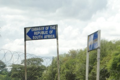 Embassy of South Africa in Zimbabwe sign.