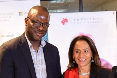 TEF- Microsoft 5: General Manager Microsoft Nigeria, Akin Banuso and CEO, Tony Elumelu Foundation, Parminder Vir, during an MOU signing between the Tony Elumelu Foundation and Microsoft to provide complimentary access to Microsoft's business development software, Bizpark to 3,000 Tony Elumelu Entrepreneurs across 54 African Countries.