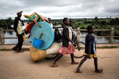 Une famille congolaise fuit les violences ethniques à Kamonia, dans la province du Kasaï (Archive)