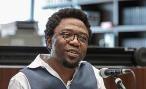 De nouvelles charges pèsent sur l'écrivain camerounais, Patrice Nganang