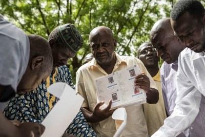 De faits sur la façon dont le @UN cherche à aider les Maliens à se rendre aux urnes en toute sécurité et à voter en toute sécurité lors des élections présidentielles clés de dimanche