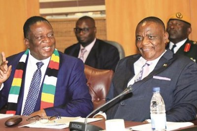 President Emmerson Mnangagwa meets heads of Zimbabwe diplomatic missions. He is flanked by Vice Presidents Constantino Chiwenga, right, and Kembo Mohadi in Harare.