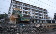 Kenyan Hotel Endangering UN Offices, U.S. Embassy Demolished