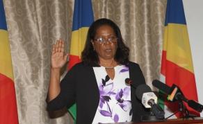 La présidente de la Commission Électorale des Seychelles démissionne