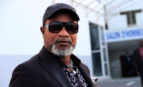 Deux ans de prison avec sursis pour Koffi Olomide