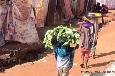 (Photo d'archives) -  Des écoliers squattant les rues de Nairobi à cause de la fermeture des écoles