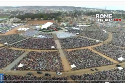 The crowd gathered for Pope Francis's mass in Madagascar.