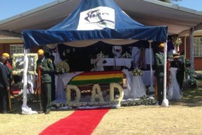 Former Zimbabwean President Mugabe Buried at His Rural Home