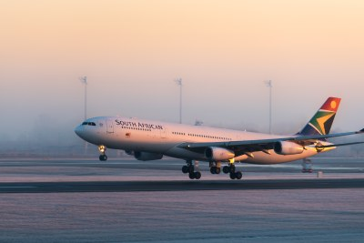 A South African Airways Airbus landing at Munich Airport (file photo).