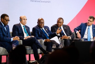 The UK's International Development Secretary Alok Sharma, right, listens as President Nana Addo Dankwa Akufo-Addo addresses the audience during a panel discussion at the UK-Africa Investment Summit in London, 20 January 2020. Also pictured left to right are Dr Akinwumi Adesina, President of the Africa Development Bank; His Excellency Mohammed Ould Cheikh El Ghazouani, President of Mauritania; and His Excellency President Uhuru Kenyatta of Kenya.