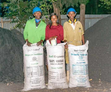 Safi Organics Turns Farm Waste into Black Gold and Poor Farmers into Entrepreneurs