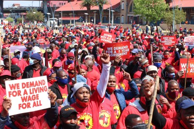 Hundreds of NUMSA workers marched from the Mary Fitzgerald Square to the Metals Engineering Industries Bargaining Council office in Marshalltown to hand over the memorandum of their demand on Tuesday. It was part of the national strike by steel engineering workers who are demanding an 8% wage increase, among other things.