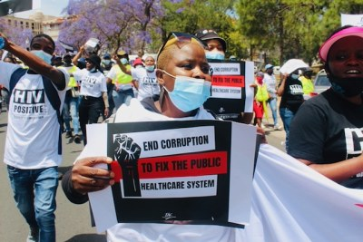 More than 200 people marched from Loftus stadium to the Union Buildings in Pretoria on Monday over the poor state of public health services.